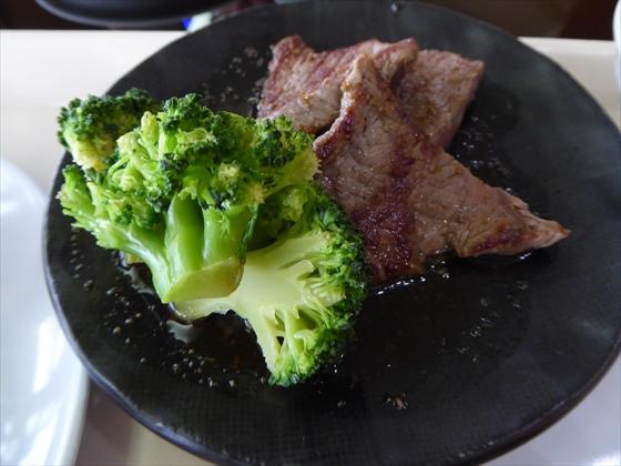 伊計島食事牛肉