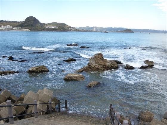 海、近くから