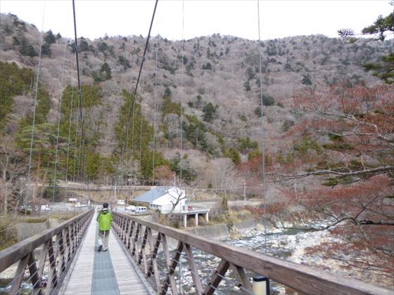 吊り橋入り口からの風景
