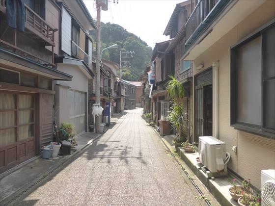 波浮港住宅街