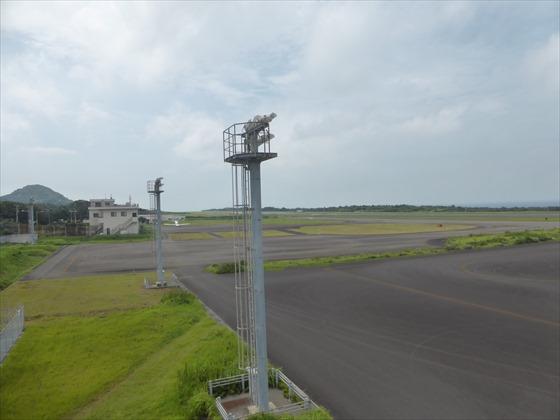 飛行場左側の景色