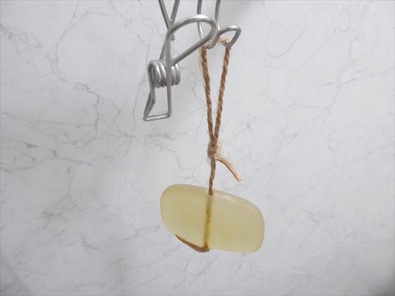 麻紐を使った石鹸ホルダー