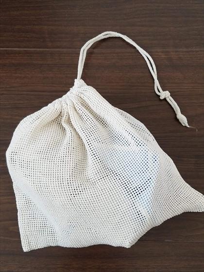 綿のメッシュ袋