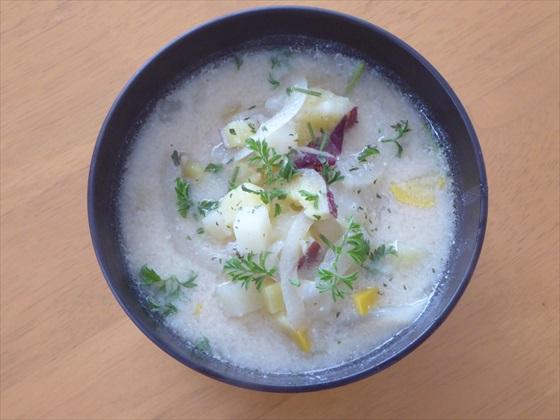 捨てちゃう食材を使った食材救済スープ