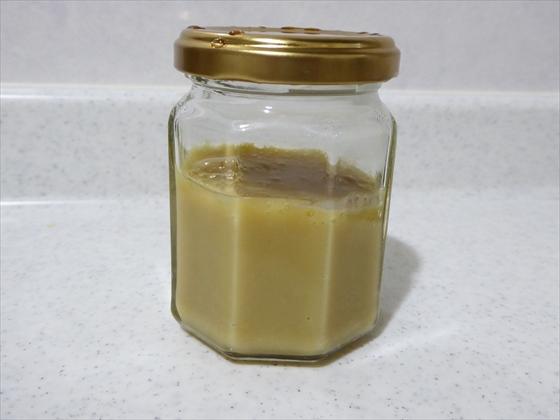 瓶に入った手作り練乳