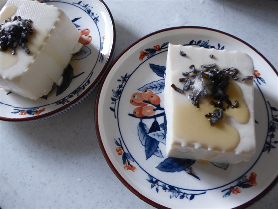 豆腐に塩昆布とごま油