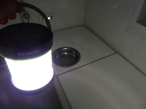 浴室で使っているソーラーランタン