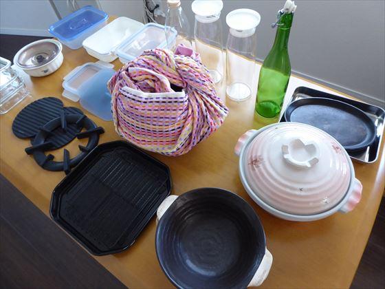 土鍋、空き瓶、保存容器など