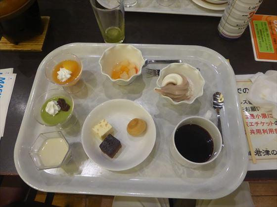 旦那さんが撮影した食事、デザート数種類