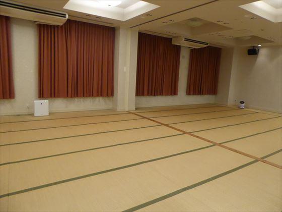 畳の部屋と空気清浄機
