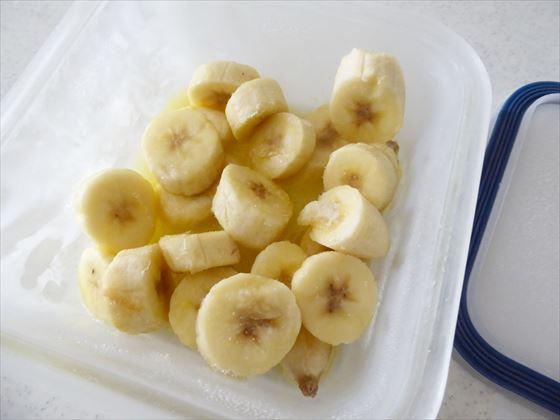 凍らせたバナナ