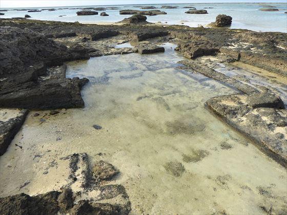 潮が引いた3日目のシンリ浜