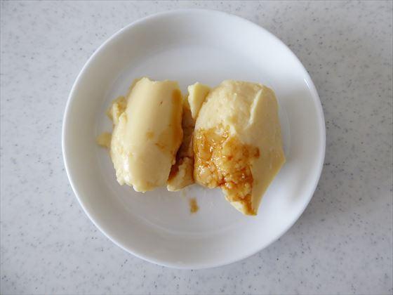 醤油をかけたひよこ豆豆腐