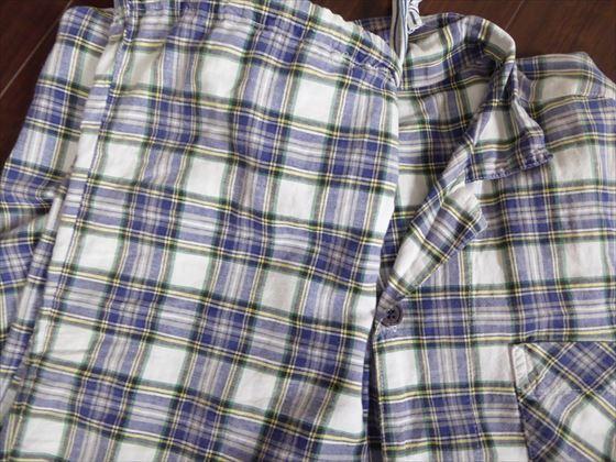 チェック柄のパジャマ